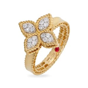 Princess Flower Ring with Diamonds