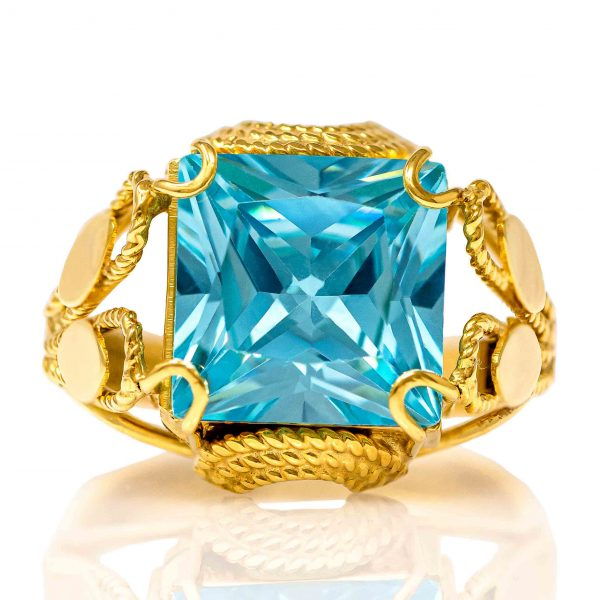 Handmade Yellow Gold 9kt Ring with Synthetic Topaz